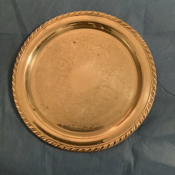 "ONEIDA Vtg Silverplated 12"" Round serving plate"